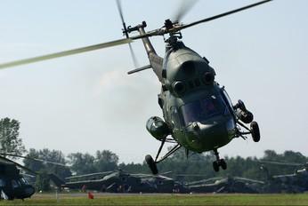 2642 - Poland - Army Mil Mi-2