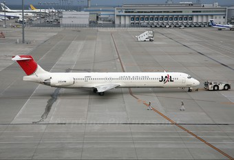 JA8553 - JAL - Japan Airlines McDonnell Douglas MD-81
