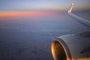 EI-DAY - Ryanair Boeing 737-800