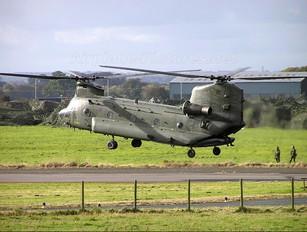 ZA712 - Royal Air Force Boeing Chinook HC.2