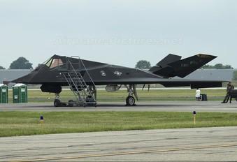 82-0800 - USA - Air Force Lockheed F-117A Nighthawk