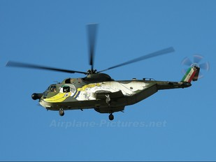 MM80975 - Italy - Air Force Agusta / Agusta-Bell HH-3F Pelican