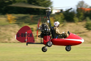 G-BWCK - Private Everett Gyro Plane Series2