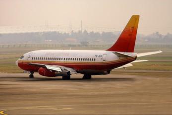 PK-JGY - Jatayu Airlines Boeing 737-200
