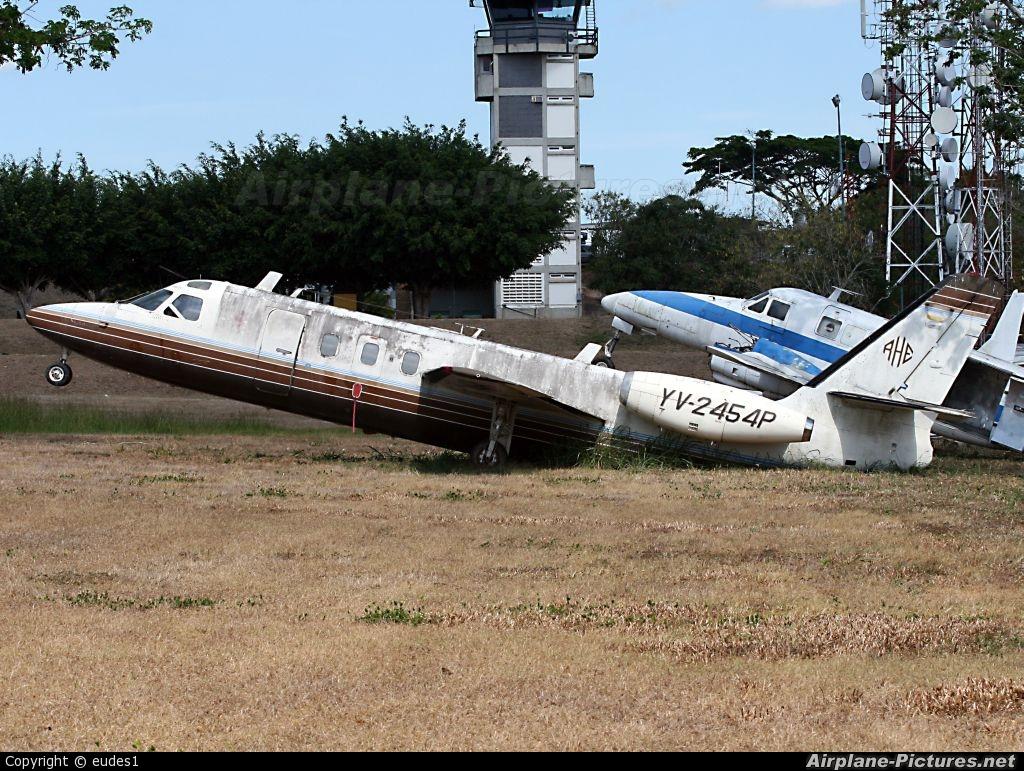 Private YV2454P aircraft at Caracas - Maiquetia-Simon Bolivar Intl