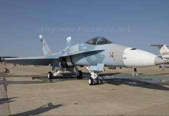 164691 - USA - Navy McDonnell Douglas F/A-18C Hornet