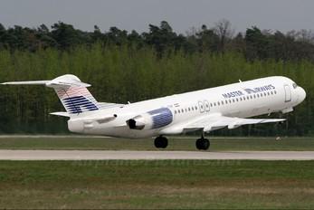 YU-AOM - Master Airways Fokker 100