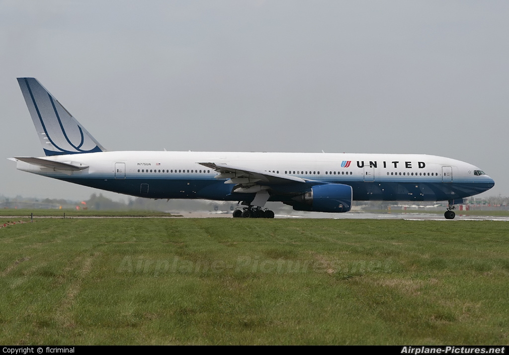 United Airlines N775UA aircraft at London - Heathrow