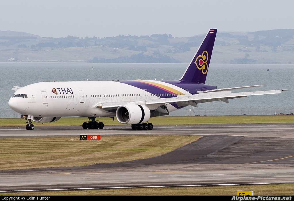 Thai Airways HS-TJR aircraft at Auckland Int