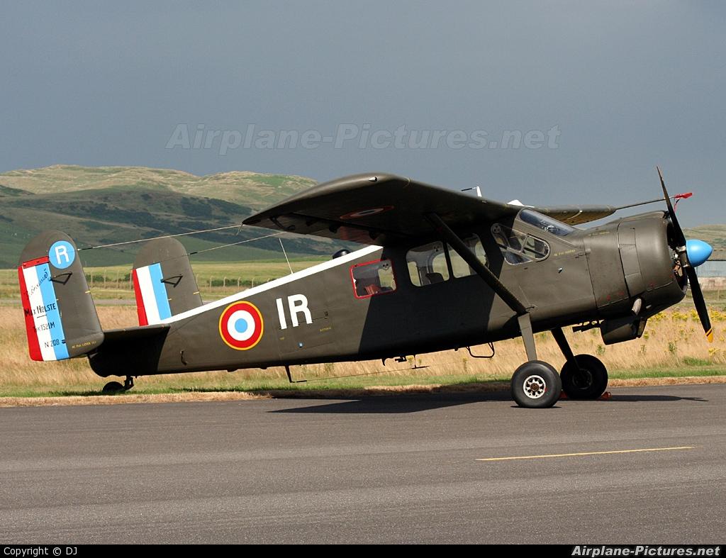 Private G-YYYS aircraft at Campbeltown - Machrihanish