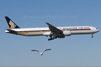 9V-SWO - Singapore Airlines Boeing 777-300ER