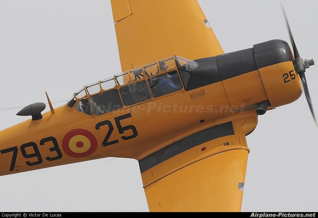 Fundación Infante de Orleans - FIO EC-DUM aircraft at Madrid - Cuatro Vientos