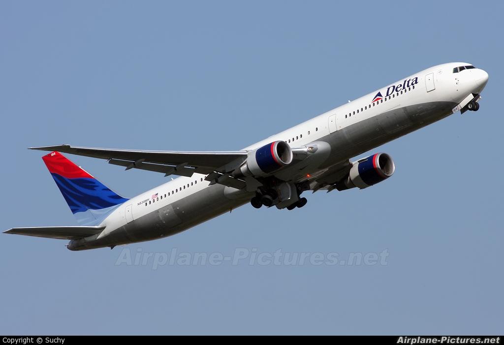 Pixstel - Delta Airlines 767-400: Picture No. 19559 from Pixstel