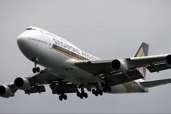 9V-SPQ - Singapore Airlines Boeing 747-400