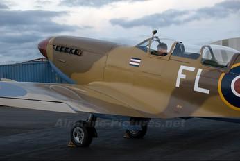 ZK-WDQ - Private Supermarine Spitfire T.9