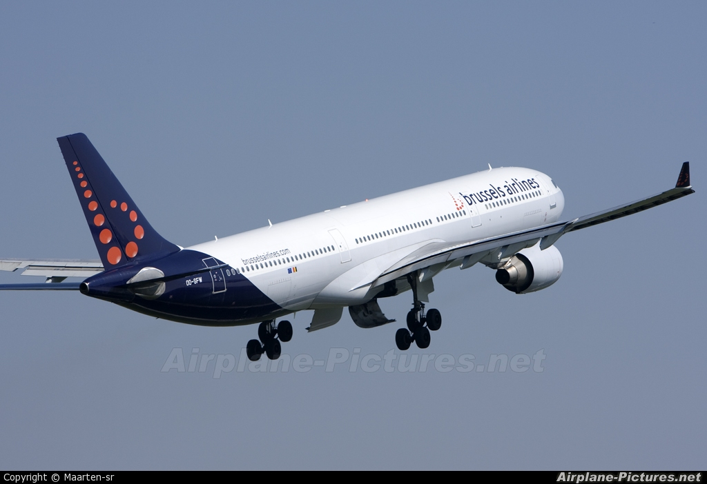 Brussels Airlines OO-SFW aircraft at Brussels - Zaventem
