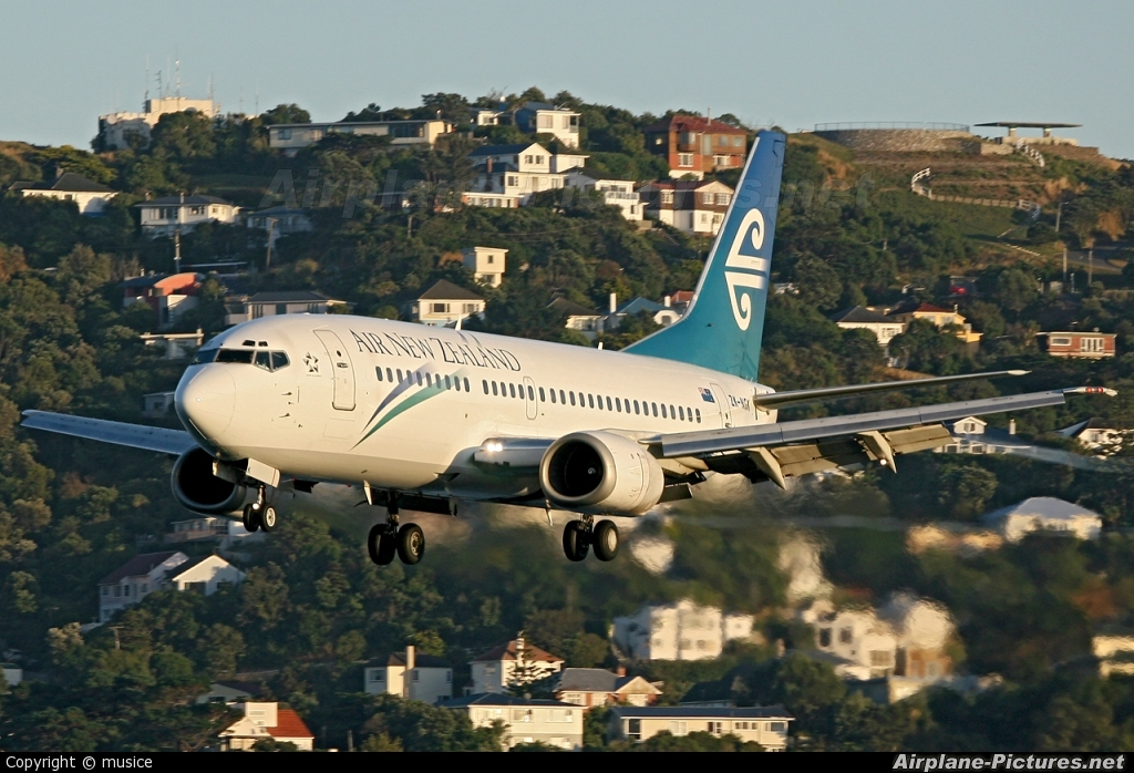 Air New Zealand ZK-NGK aircraft at Wellington Intl