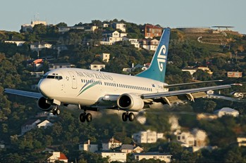 ZK-NGK - Air New Zealand Boeing 737-300