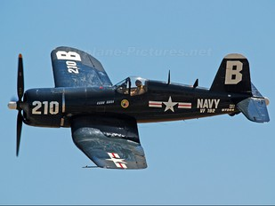 NX10DF - Private Vought F4U Corsair