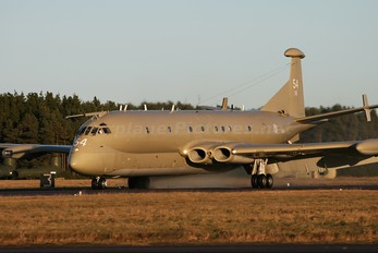 XV254 - Royal Air Force British Aerospace Nimrod MR.2