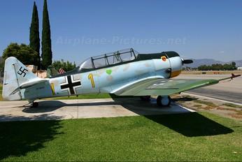 N7969C - Private North American Harvard/Texan (AT-6, 16, SNJ series)