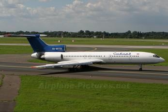 RA-85725 - Siberia Airlines Tupolev Tu-154M