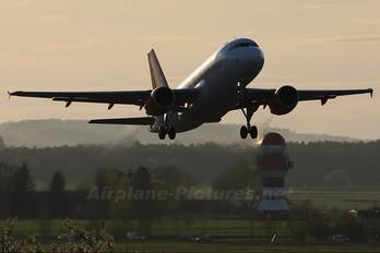 G-EZIX - easyJet Airbus A319