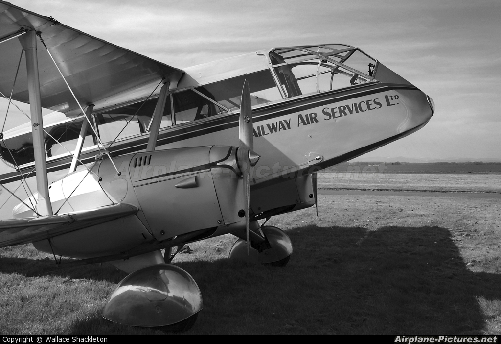 Private G-ECAN aircraft at Perth - Scone