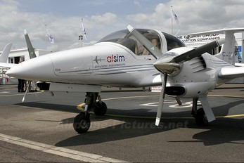 F-GSIM - Private Diamond DA 42 Twin Star