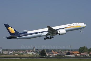 VT-JEG - Jet Airways Boeing 777-300ER