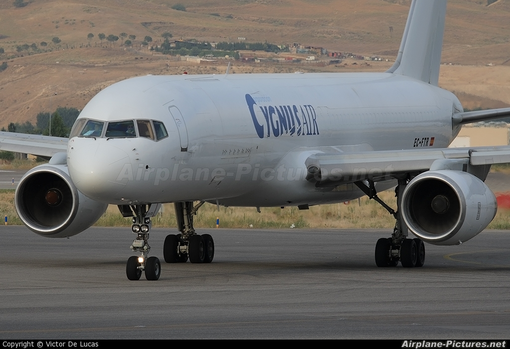Cygnus Air EC-FTR aircraft at Madrid - Barajas