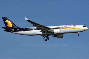 VT-JWF - Jet Airways Airbus A330-200