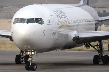 CX-PUB - Pluna Boeing 767-300ER