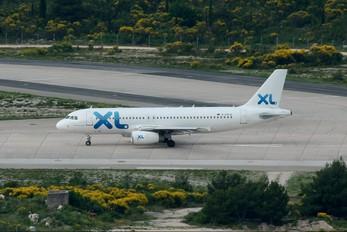 D-AXLA - XL Airways (Excel Airways) Airbus A320