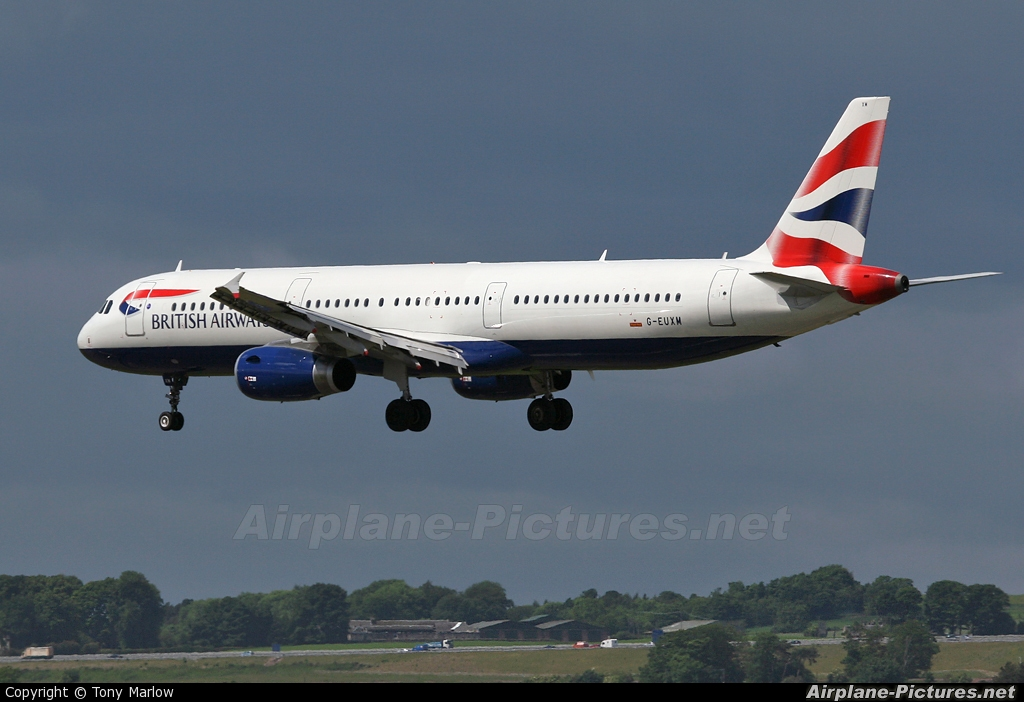 British Airways G-EUXM aircraft at Edinburgh