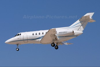 N103HT - Private Hawker Beechcraft 800
