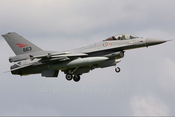 663 - Norway - Royal Norwegian Air Force General Dynamics F-16A Fighting Falcon