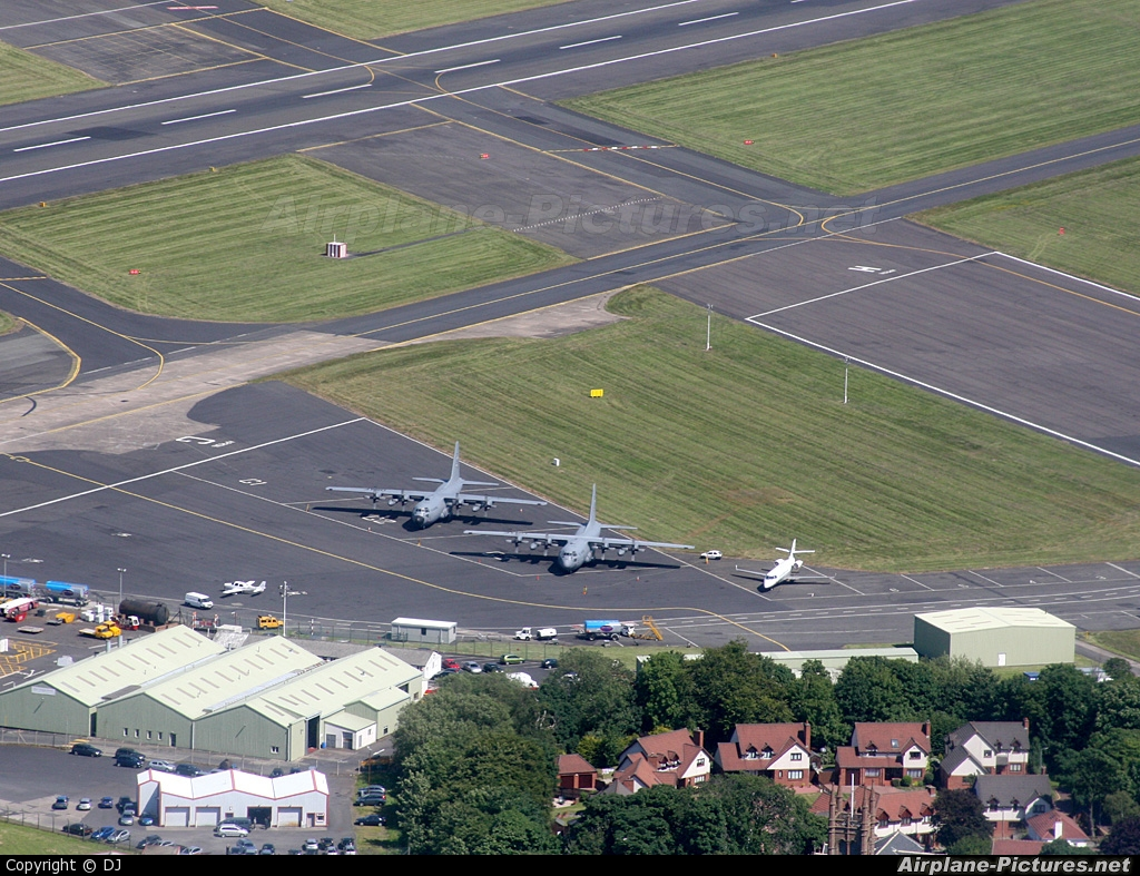 USA - Air Force 88-4405 aircraft at Prestwick