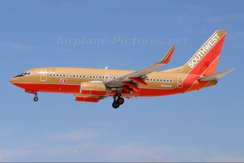 N729SW - Southwest Airlines Boeing 737-700