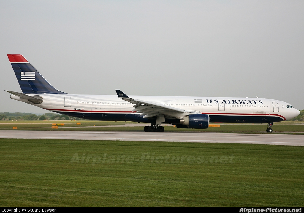 US Airways N270AY aircraft at Manchester