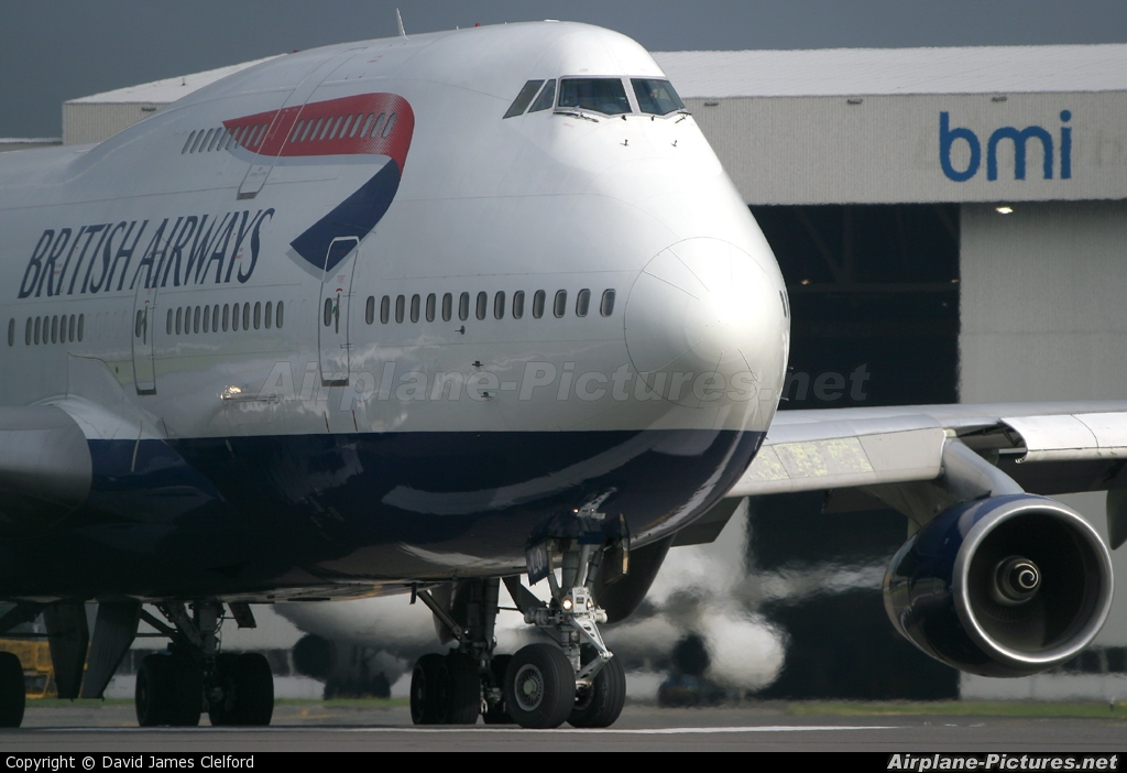 British Airways G-BNLO aircraft at London - Heathrow