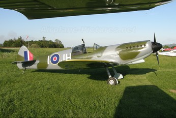 VH-IJH - Private Supermarine Spitfire Mk.26 (replica)