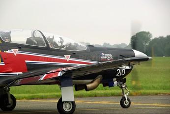 ZF210 - Royal Air Force Short 312 Tucano T.1