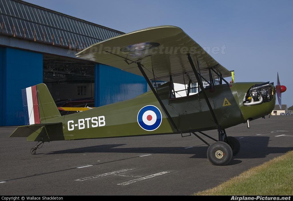 Private G-BTSB aircraft at Perth - Scone