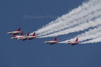 - - Singapore - Air Force General Dynamics F-16CJ Fighting Falcon
