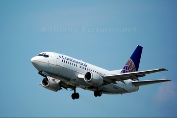 N17644 - Continental Airlines Boeing 737-500
