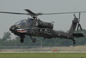 01-05282 - USA - Army Boeing AH-64 Apache