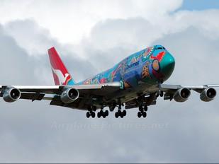 VH-EBU - QANTAS Boeing 747-300