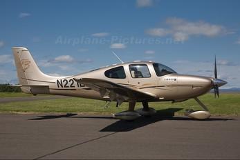 N221LD - Private Cirrus SR22