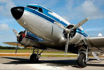 N400MF - Missionary Flights International Douglas DC-3